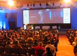 interpretación simultánea evento Meetlatam