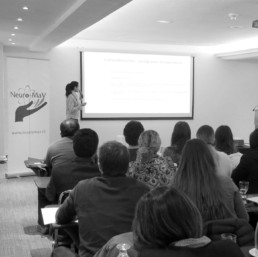 Interpretamos simultánea del seminario «Rehabilitación precoz de deglución en paciente ventilado con vía aérea artificial»